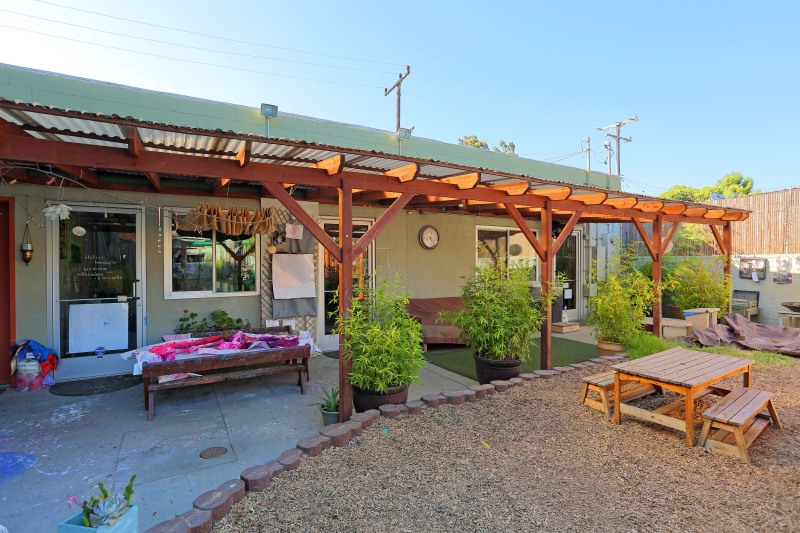 Just Sold: 2705 Pico Blvd in Santa Monica