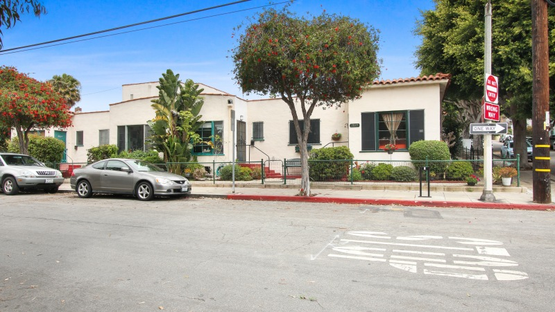 Just Listed: 2823 2nd St., Santa Monica, CA 90405 | Multifamily | 12 Units in Santa Monica | $363K/Unit