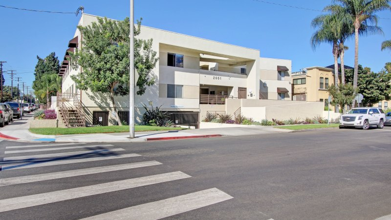WESTMAC COMMERCIAL BROKERAGE COMPANY ARRANGES SALE OF $6 MILLION MULTIFAMILY PROPERTY IN BURBANK,CA