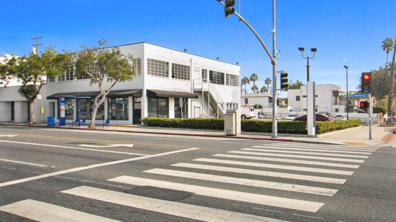 Office / Retail Opportunity | Santa Monica | For Sale or Lease