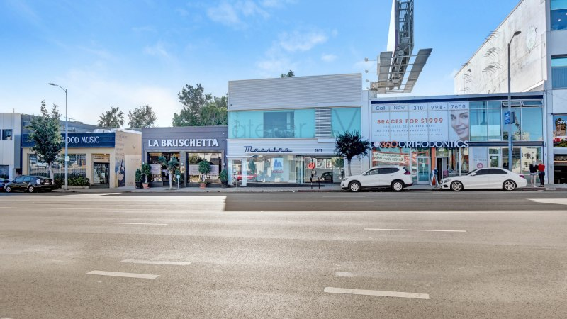 New Listing For Sale or Lease  – Premier +/- 5,828 SF Creative Office/Retail in Westwood (Los Angeles)