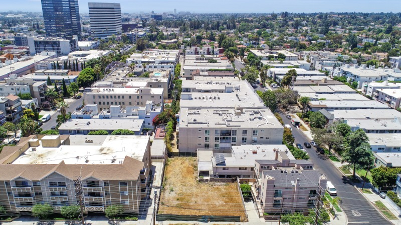 New Listing For Sale – 6,900 SF of Multifamily Land in Brentwood – DevelopmentOpportunity